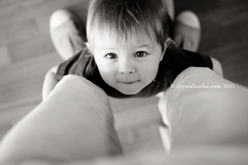 please don't grow up.  pretty please. (rocky mount, nc, baby photographer)